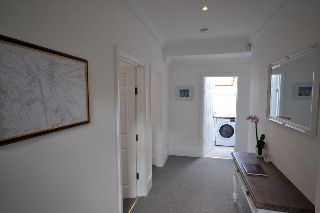 image 10 furnished 2 bedroom Apartment for rent in Elmbridge, Surrey