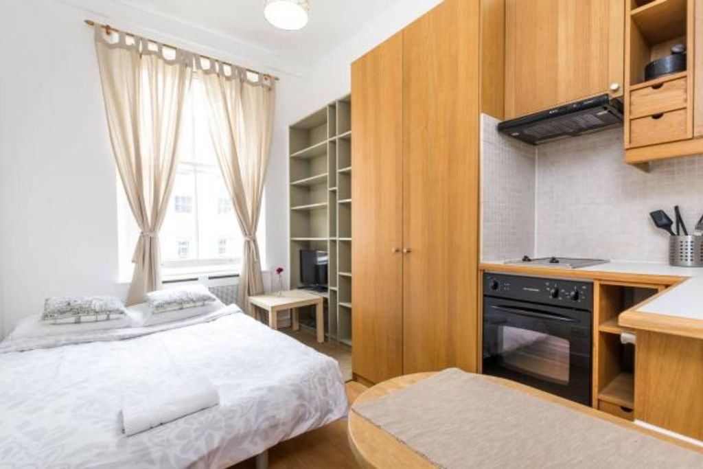 image 1 furnished 1 bedroom Apartment for rent in Warwick, Warwickshire