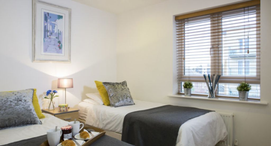 image 3 furnished 2 bedroom Apartment for rent in Watford, Hertfordshire