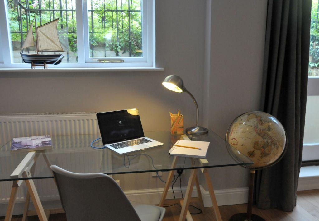 image 6 furnished 2 bedroom Apartment for rent in Elmbridge, Surrey