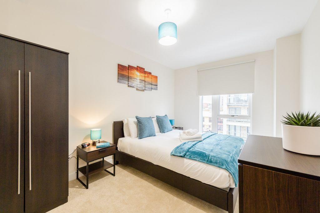 image 3 furnished 2 bedroom Apartment for rent in Colindale, Barnet