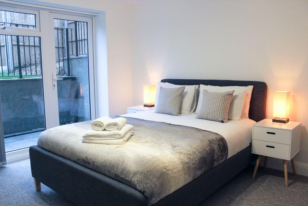 image 5 furnished 2 bedroom Apartment for rent in Barnet, Barnet