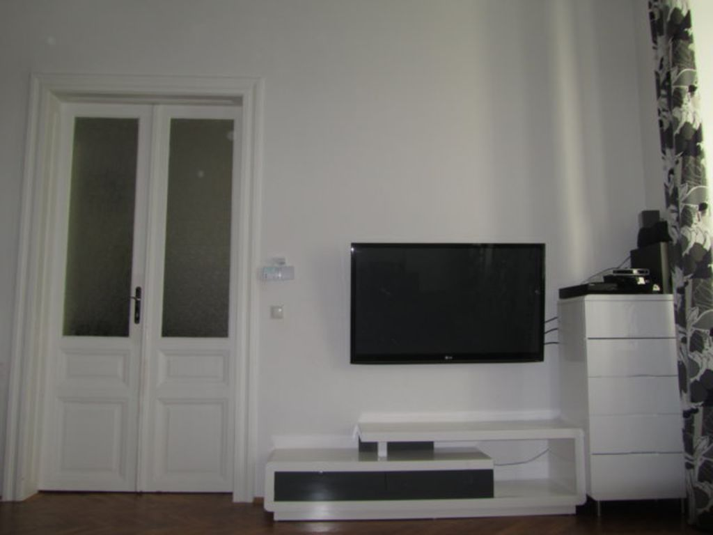 image 3 furnished 2 bedroom Apartment for rent in Mariahilf, Vienna