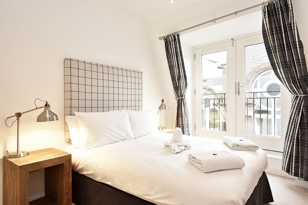 image 1 furnished 2 bedroom Apartment for rent in Bridge, City of London