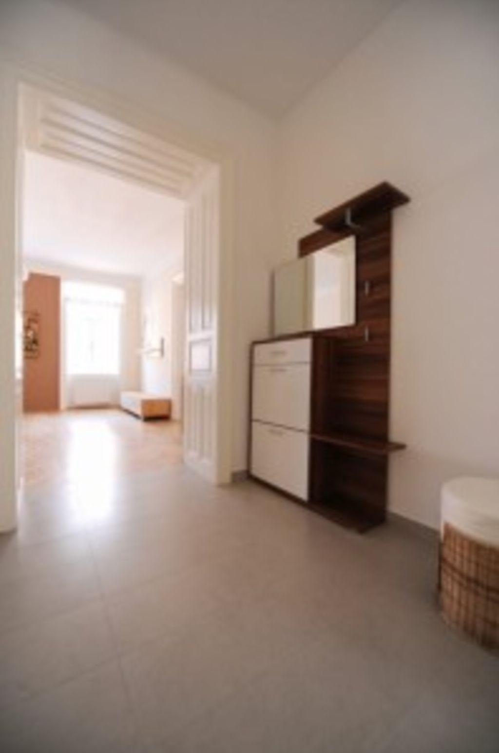 image 3 furnished 1 bedroom Apartment for rent in Landstrabe, Vienna