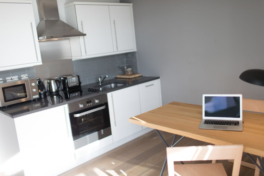 image 8 furnished 1 bedroom Apartment for rent in Brentford, Hounslow