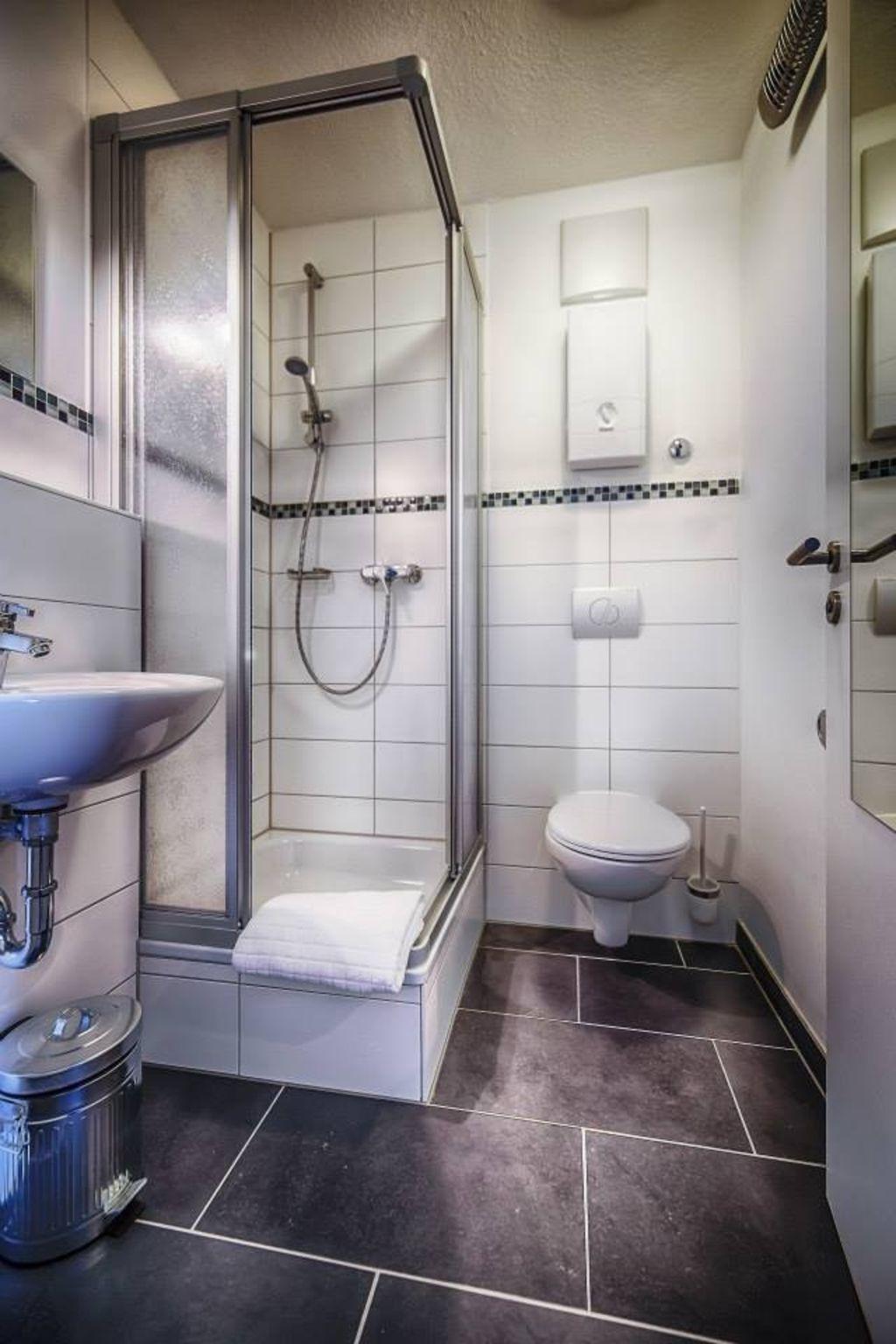 image 9 furnished 1 bedroom Apartment for rent in Koblenz, Koblenz