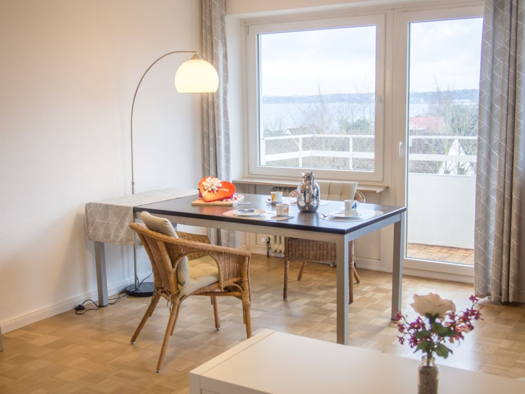 image 1 furnished 1 bedroom Apartment for rent in Heikendorf, Plon