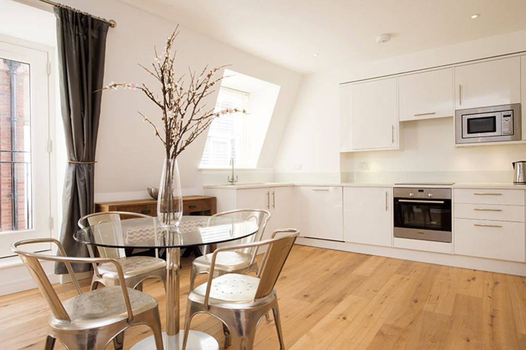 image 5 furnished 2 bedroom Apartment for rent in Bridge, City of London