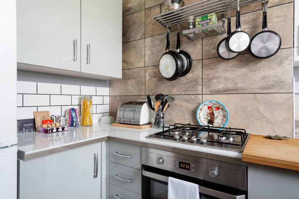 image 8 furnished 2 bedroom Apartment for rent in Whitechapel, Tower Hamlets