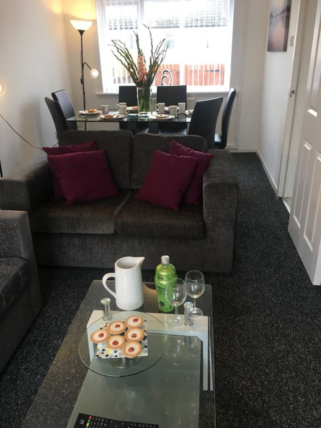 image 2 furnished 2 bedroom Apartment for rent in Glasgow, Scotland