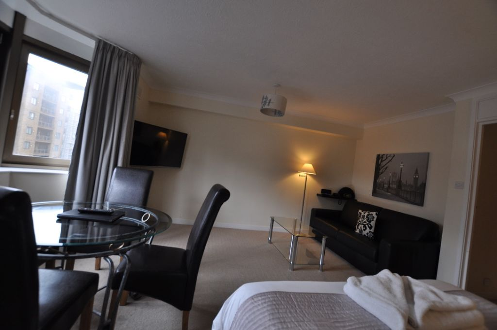 image 7 furnished 1 bedroom Apartment for rent in Portsoken, City of London