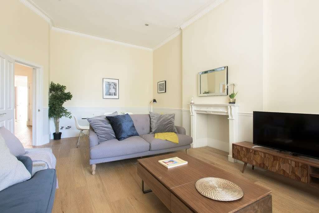 image 1 furnished 4 bedroom Apartment for rent in Westminster, City of Westminster