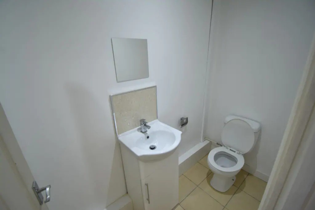 image 4 furnished 5 bedroom Apartment for rent in Whoberley, Coventry