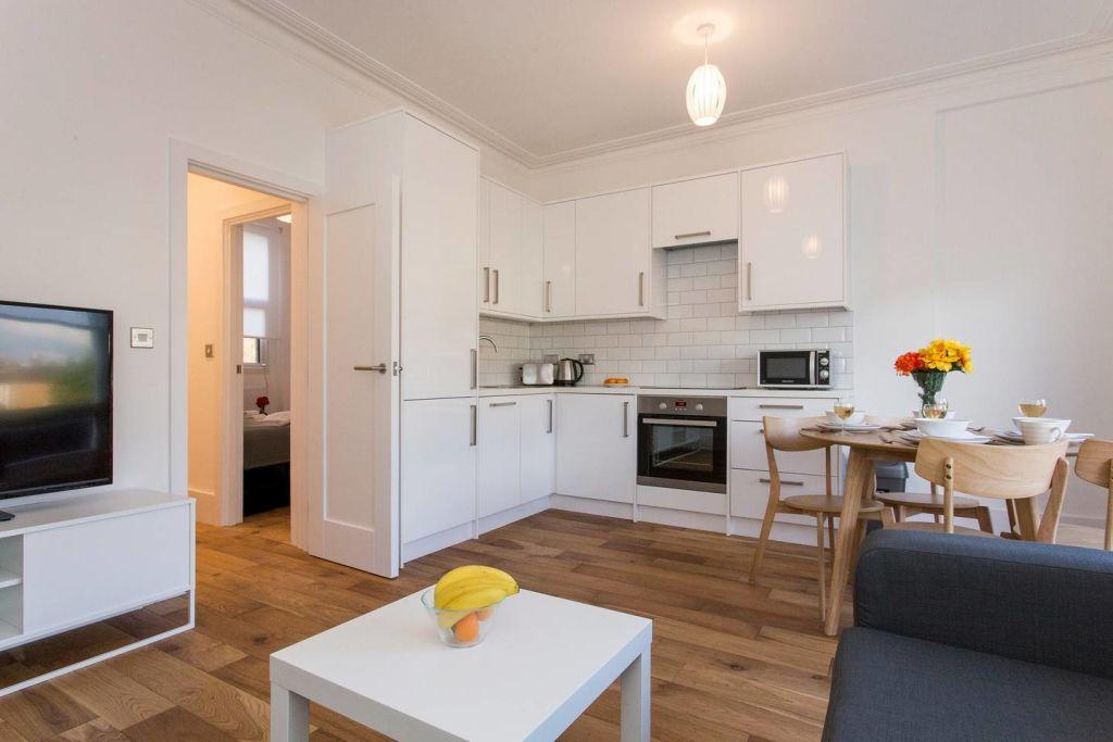 image 1 furnished 2 bedroom Apartment for rent in Lewisham, Lewisham
