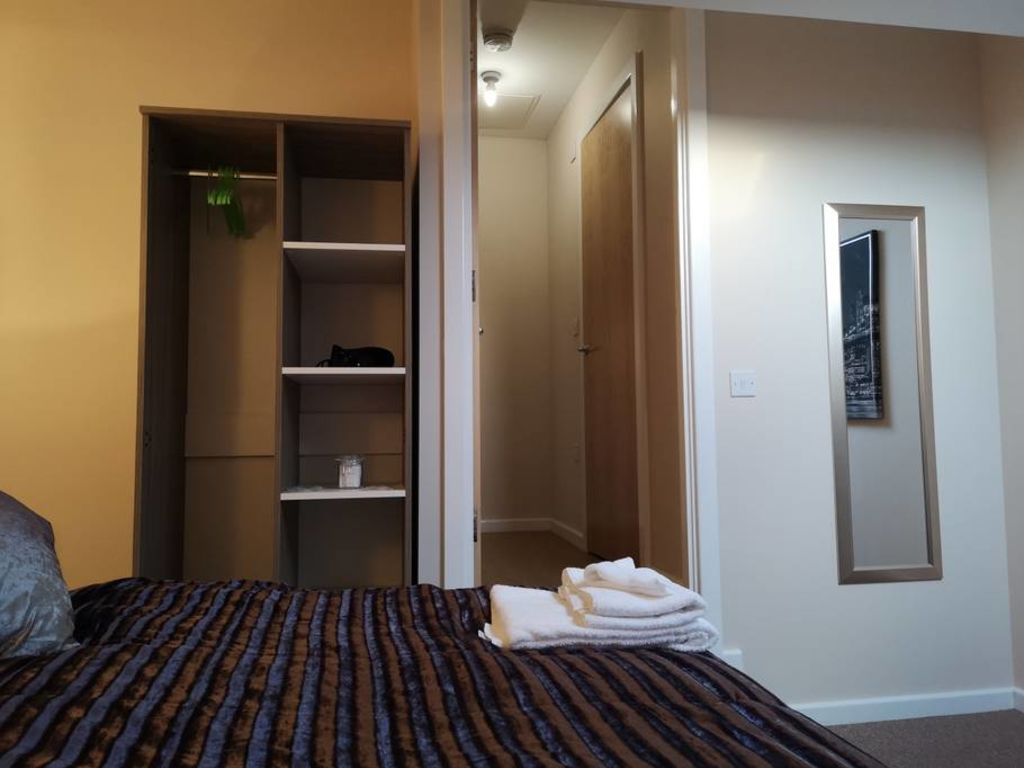 image 6 furnished 1 bedroom Apartment for rent in Trafford, Greater Manchester