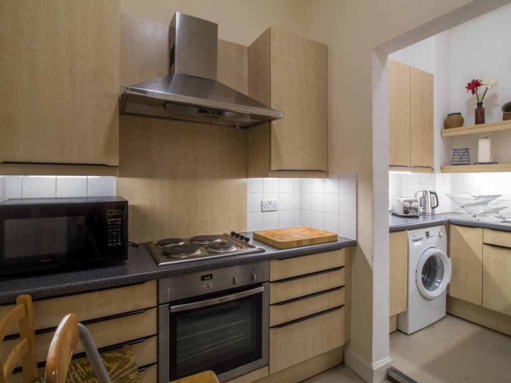 image 5 furnished 2 bedroom Apartment for rent in Edinburgh, Scotland