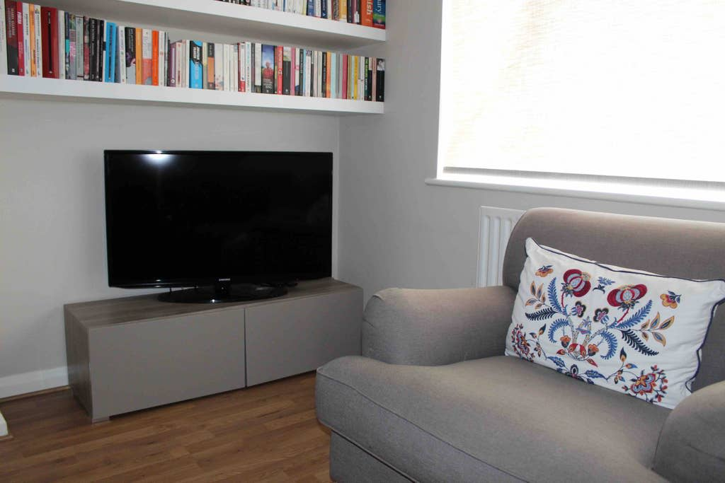 image 10 furnished 2 bedroom Apartment for rent in Bromley, Bromley