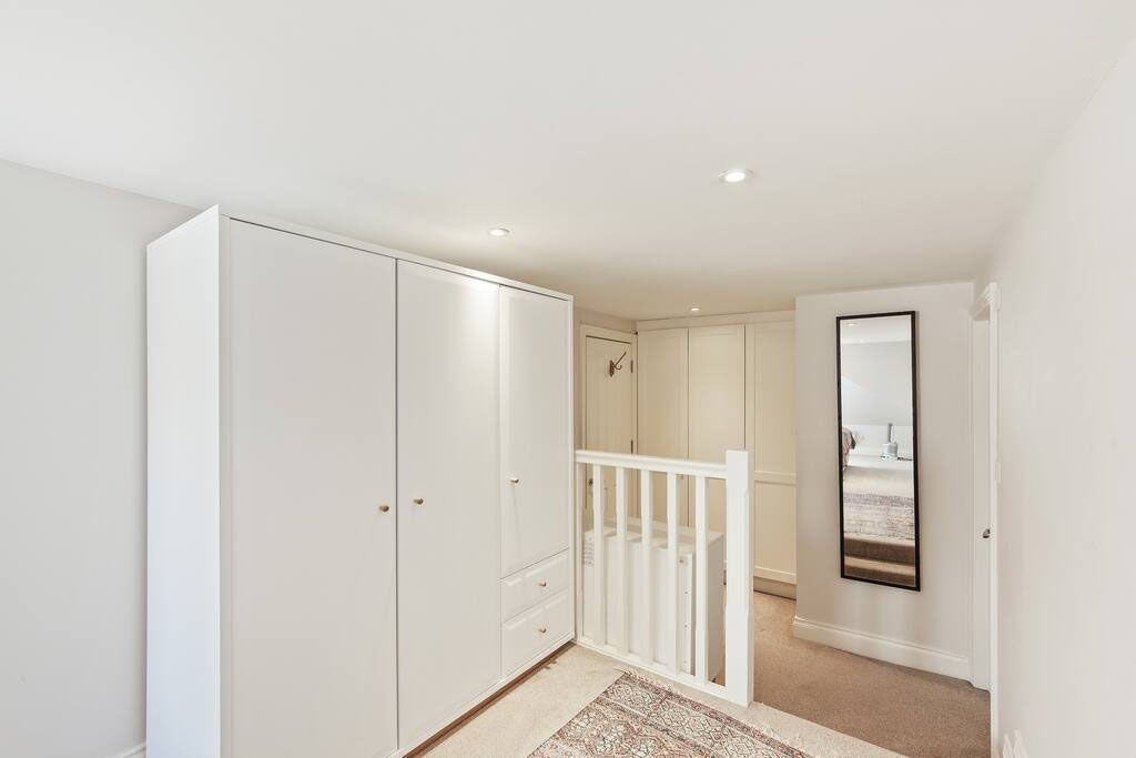 image 8 furnished 1 bedroom Apartment for rent in Shepherds Bush, Hammersmith Fulham
