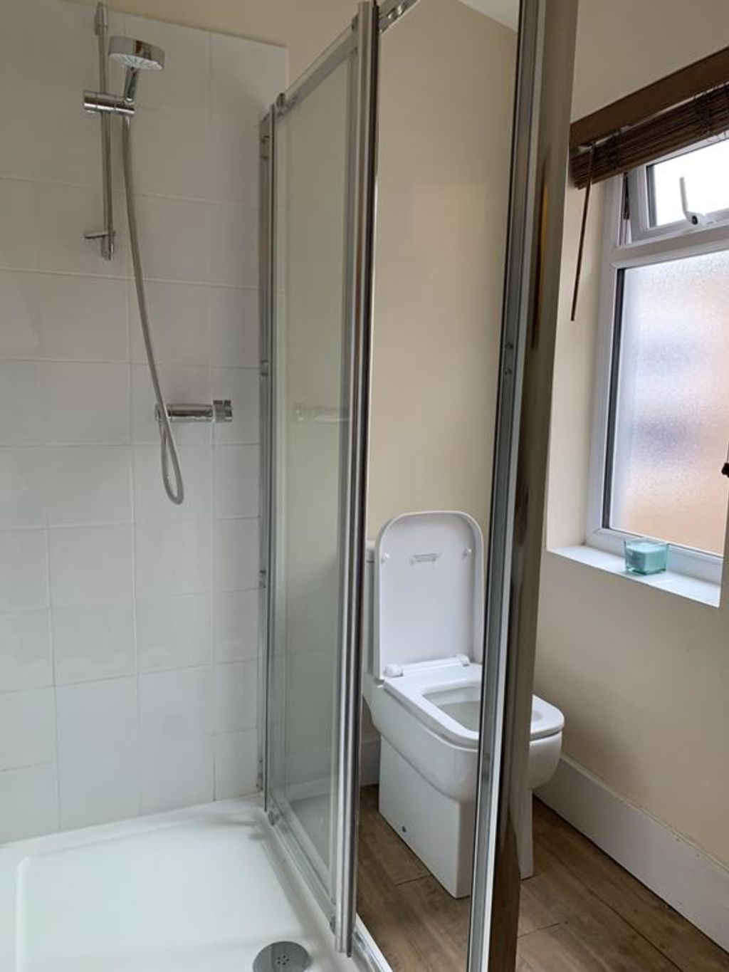 image 5 furnished 4 bedroom Apartment for rent in Luton, Bedfordshire