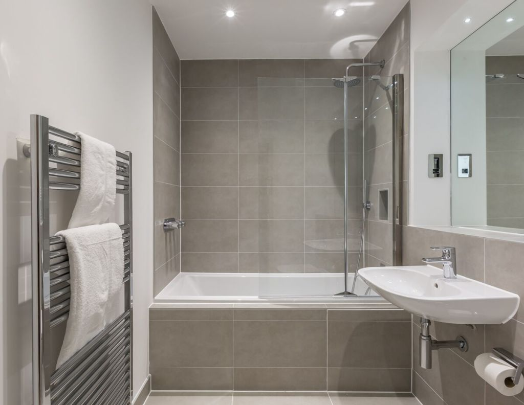 image 2 furnished 2 bedroom Apartment for rent in Windsor and Maidenhead, Berkshire