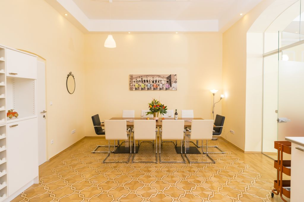 image 7 furnished 4 bedroom Apartment for rent in Innere Stadt, Vienna