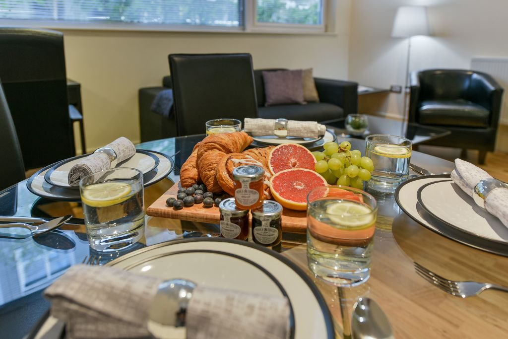 image 4 furnished 1 bedroom Apartment for rent in Canary Wharf, Tower Hamlets