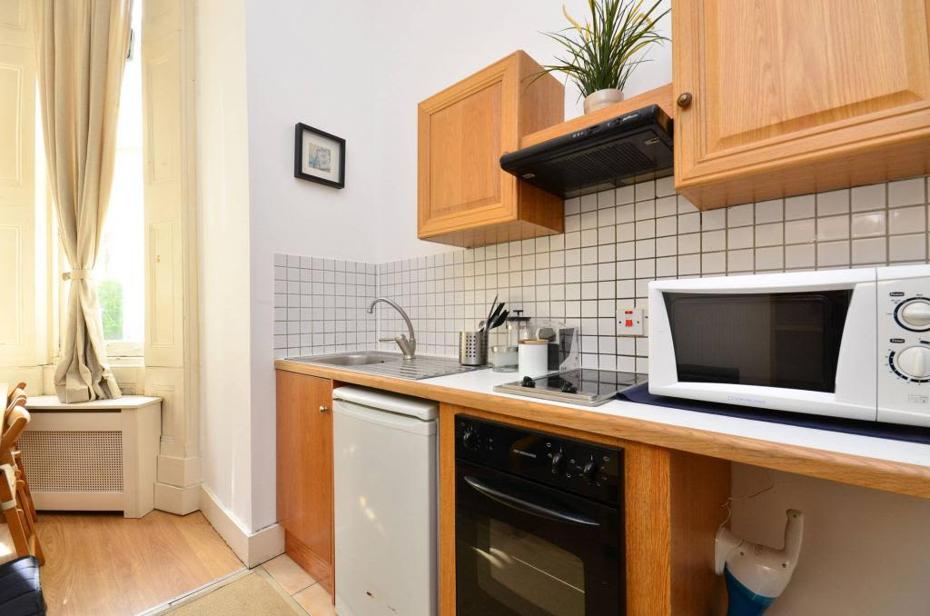 image 3 furnished 1 bedroom Apartment for rent in Earls Court, Kensington Chelsea