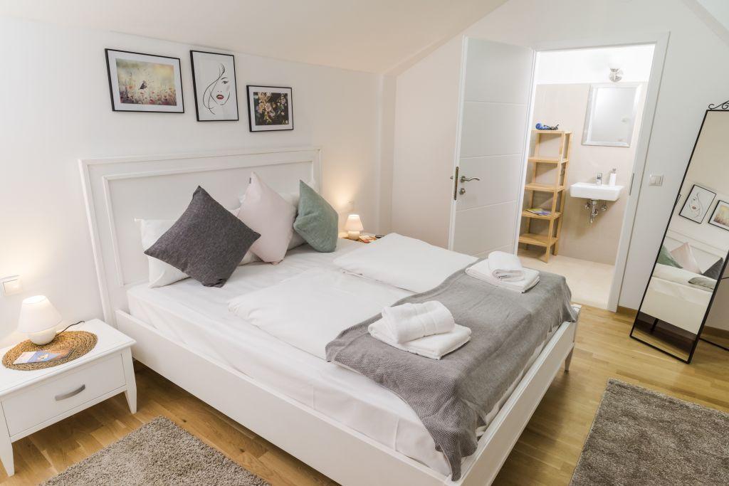 image 6 furnished 3 bedroom Apartment for rent in Landstrabe, Vienna