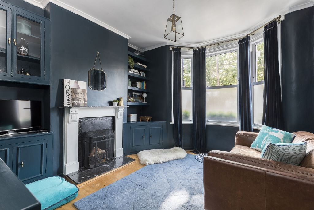 image 1 furnished 2 bedroom Apartment for rent in Sands End, Hammersmith Fulham
