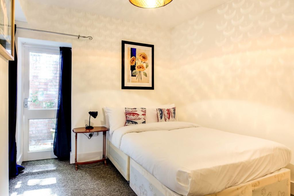 image 7 furnished 2 bedroom Apartment for rent in Hackney Downs, Hackney