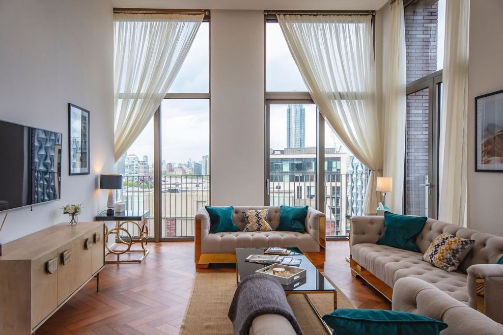 image 2 furnished 3 bedroom Apartment for rent in Wandsworth, Wandsworth
