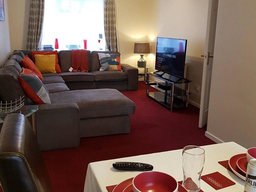 image 10 furnished 4 bedroom Apartment for rent in Luton, Bedfordshire