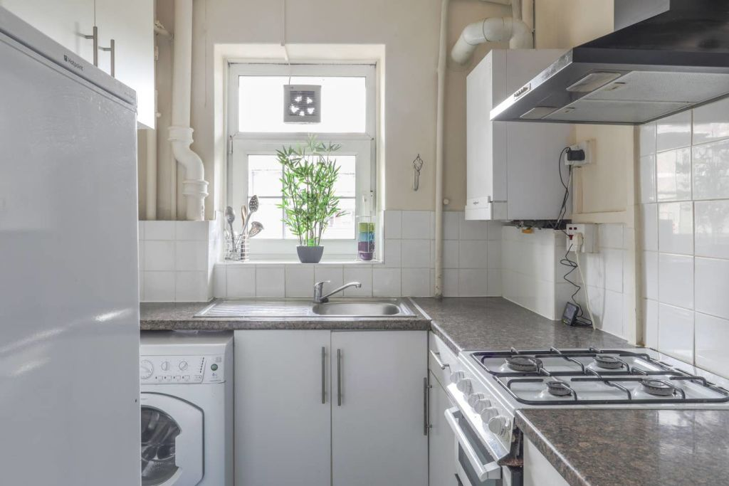 image 3 furnished 1 bedroom Apartment for rent in Stoke Newington, Hackney