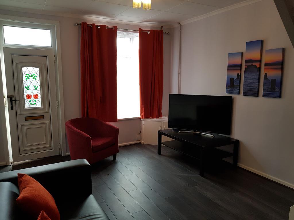 image 4 furnished 2 bedroom Apartment for rent in Gedling, Nottinghamshire