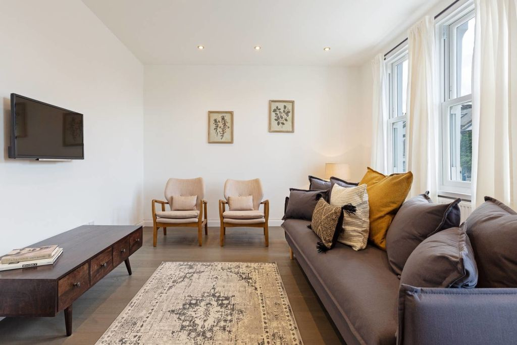 image 1 furnished 4 bedroom Apartment for rent in Fairfield, Croydon