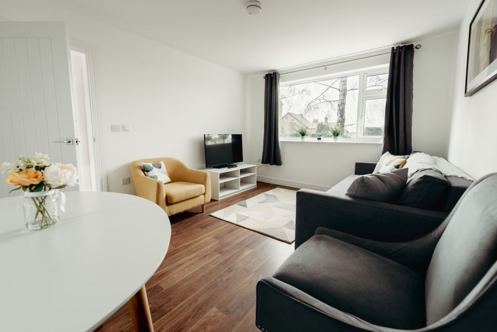 image 3 furnished 2 bedroom Apartment for rent in Hinckley and Bosworth, Leicestershire