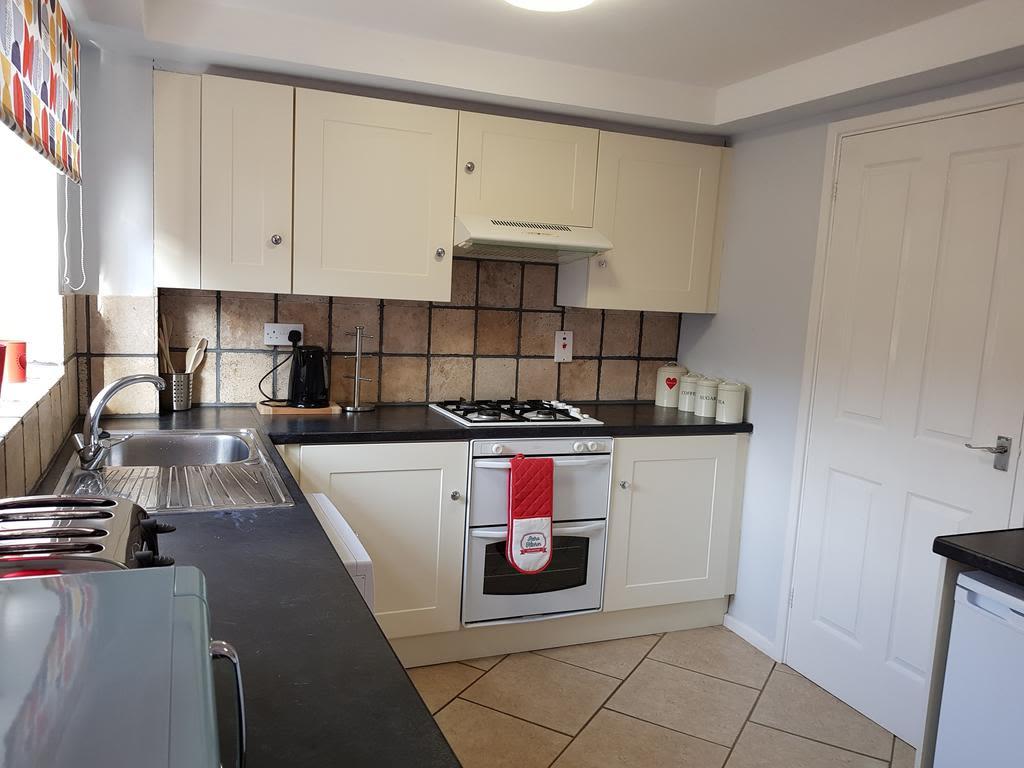 image 9 furnished 3 bedroom Apartment for rent in Nottingham, Nottinghamshire