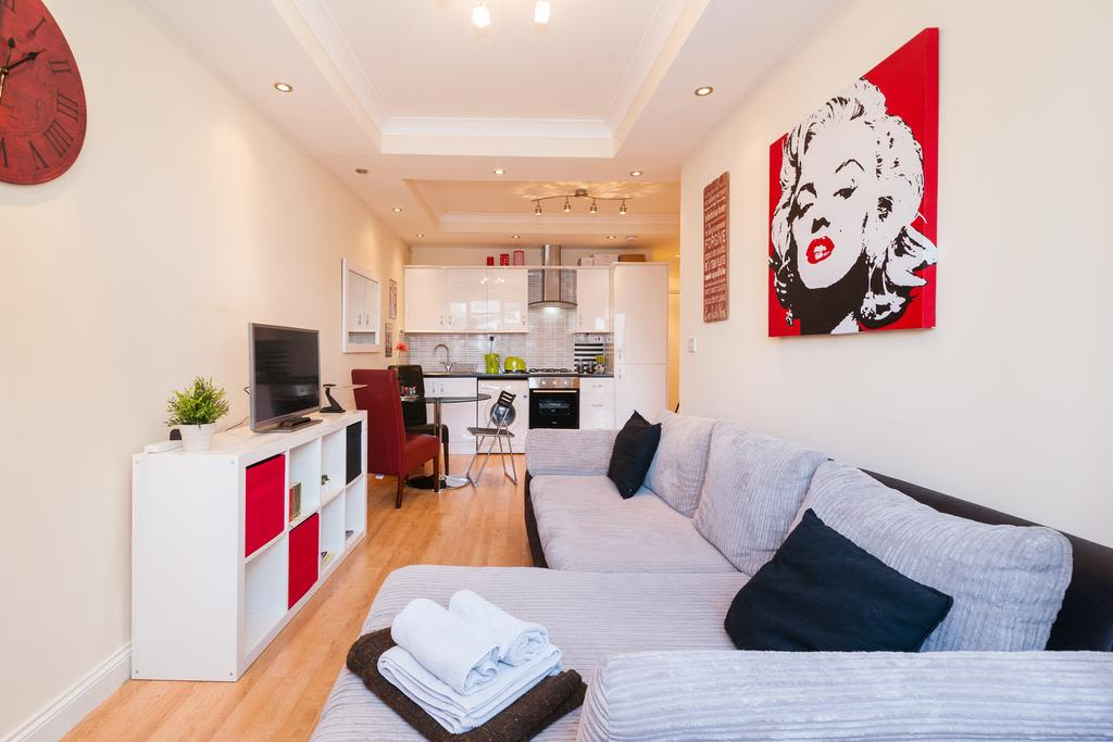 image 5 furnished 1 bedroom Apartment for rent in Finsbury, Islington