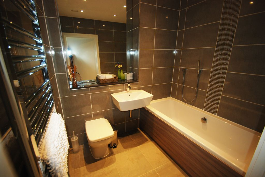 image 2 furnished 2 bedroom Apartment for rent in Hounslow, Hounslow