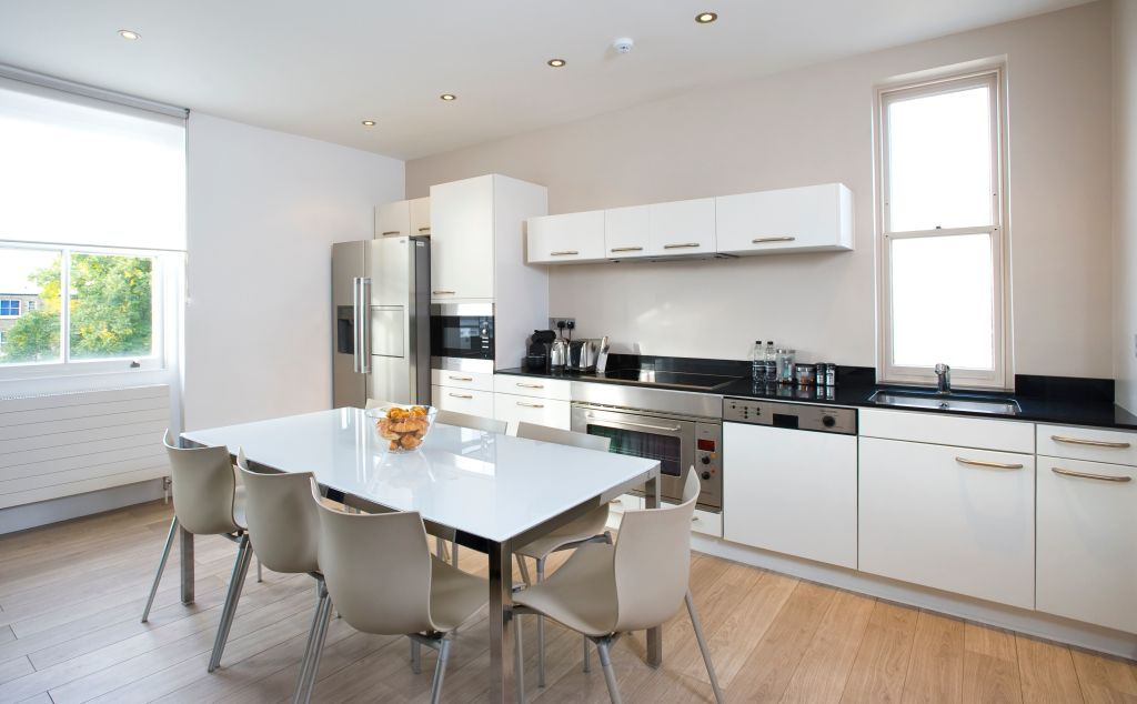 image 8 furnished 2 bedroom Apartment for rent in Earls Court, Kensington Chelsea