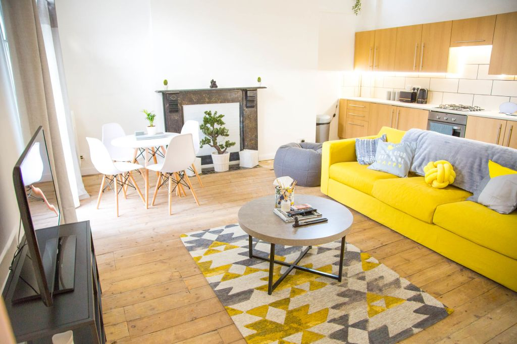 image 1 furnished 2 bedroom Apartment for rent in Dalston, Hackney
