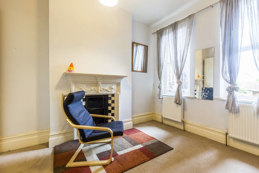 image 7 furnished 3 bedroom Apartment for rent in West Hampstead, Camden