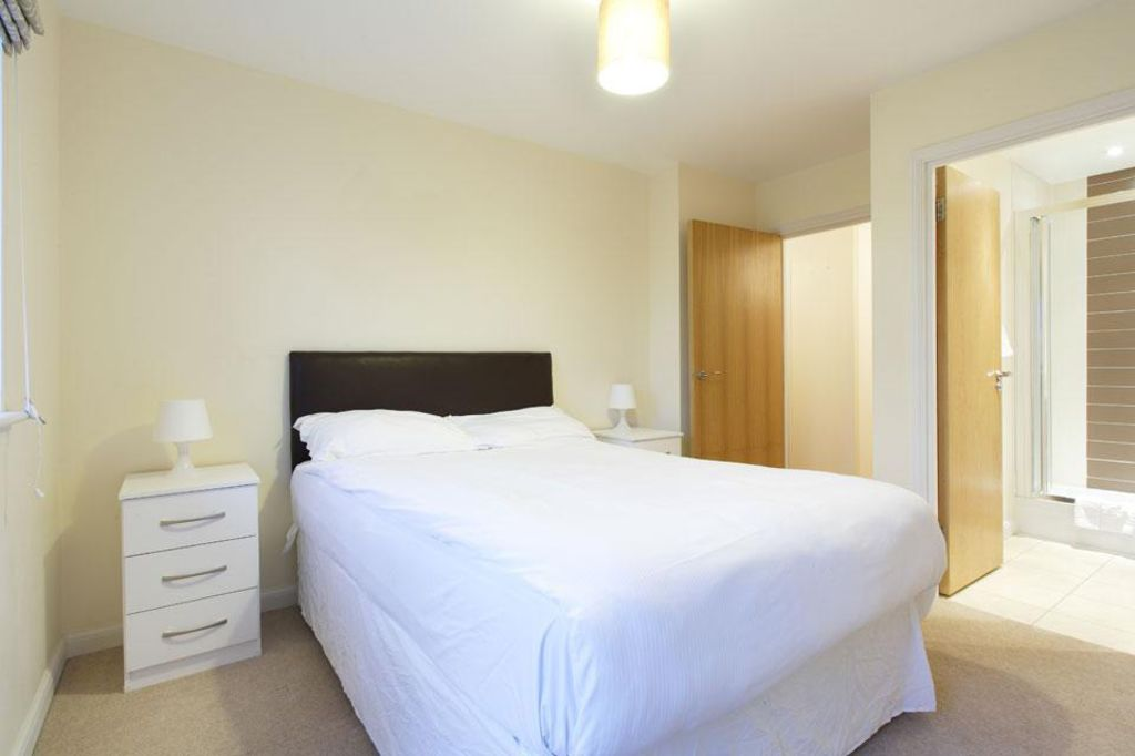 image 6 furnished 2 bedroom Apartment for rent in Dacorum, Hertfordshire