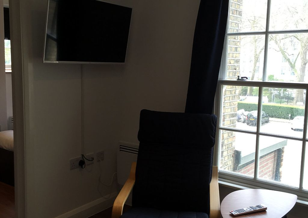 image 1 furnished 1 bedroom Apartment for rent in Camden Town, Camden