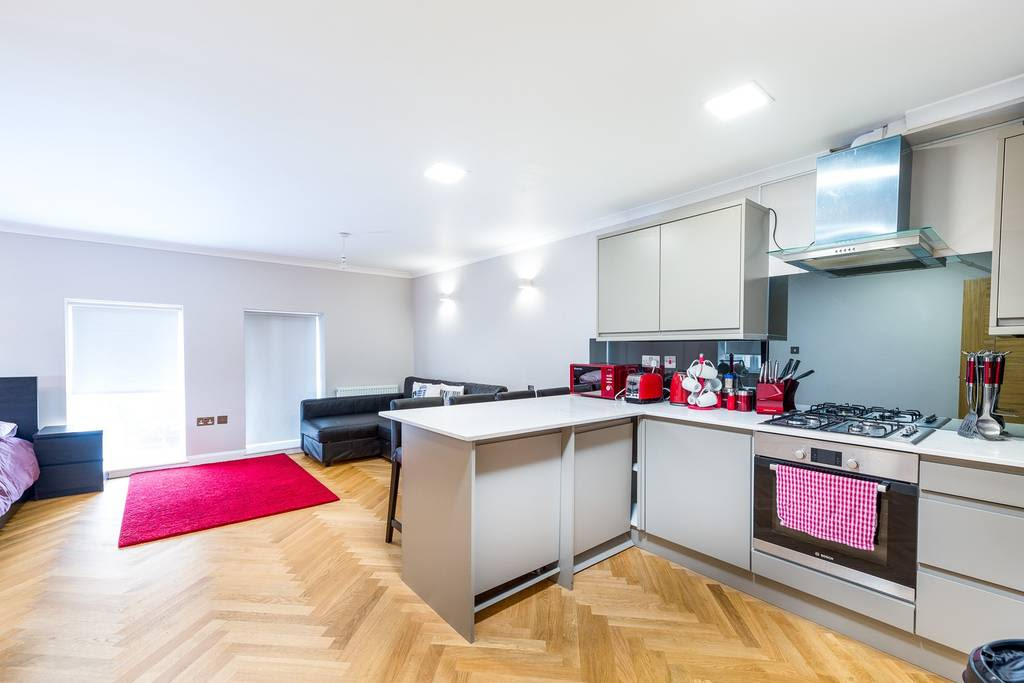 image 1 furnished 1 bedroom Apartment for rent in Golders Green, Barnet