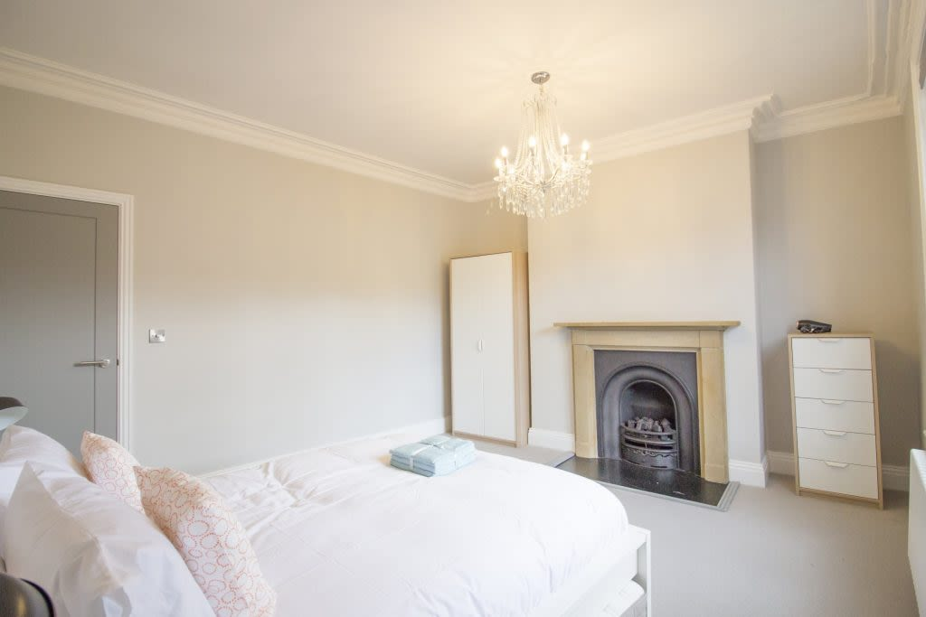 image 10 furnished 4 bedroom Apartment for rent in City of York, North Yorkshire