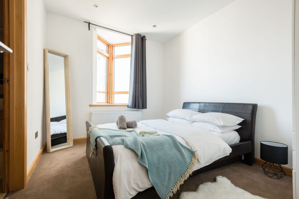 image 10 furnished 3 bedroom Apartment for rent in Clifton, Bristol