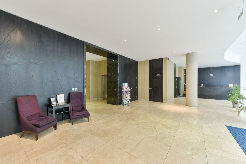 image 10 furnished 1 bedroom Apartment for rent in Canary Wharf, Tower Hamlets