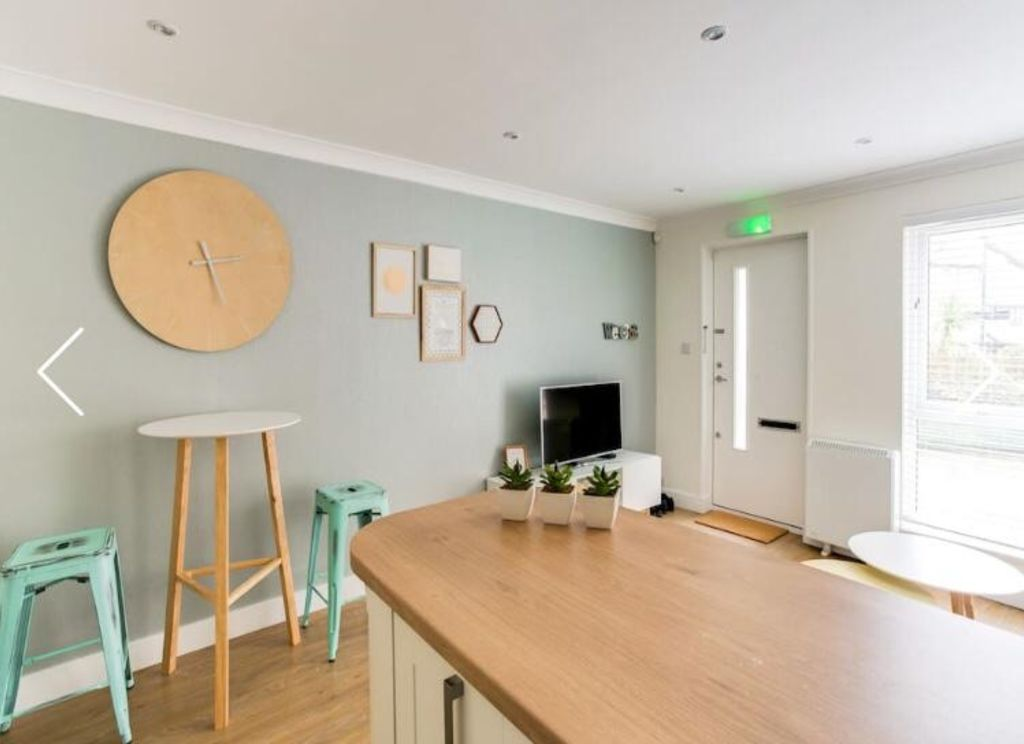 image 5 furnished 1 bedroom Apartment for rent in Rotherhithe, Southwark
